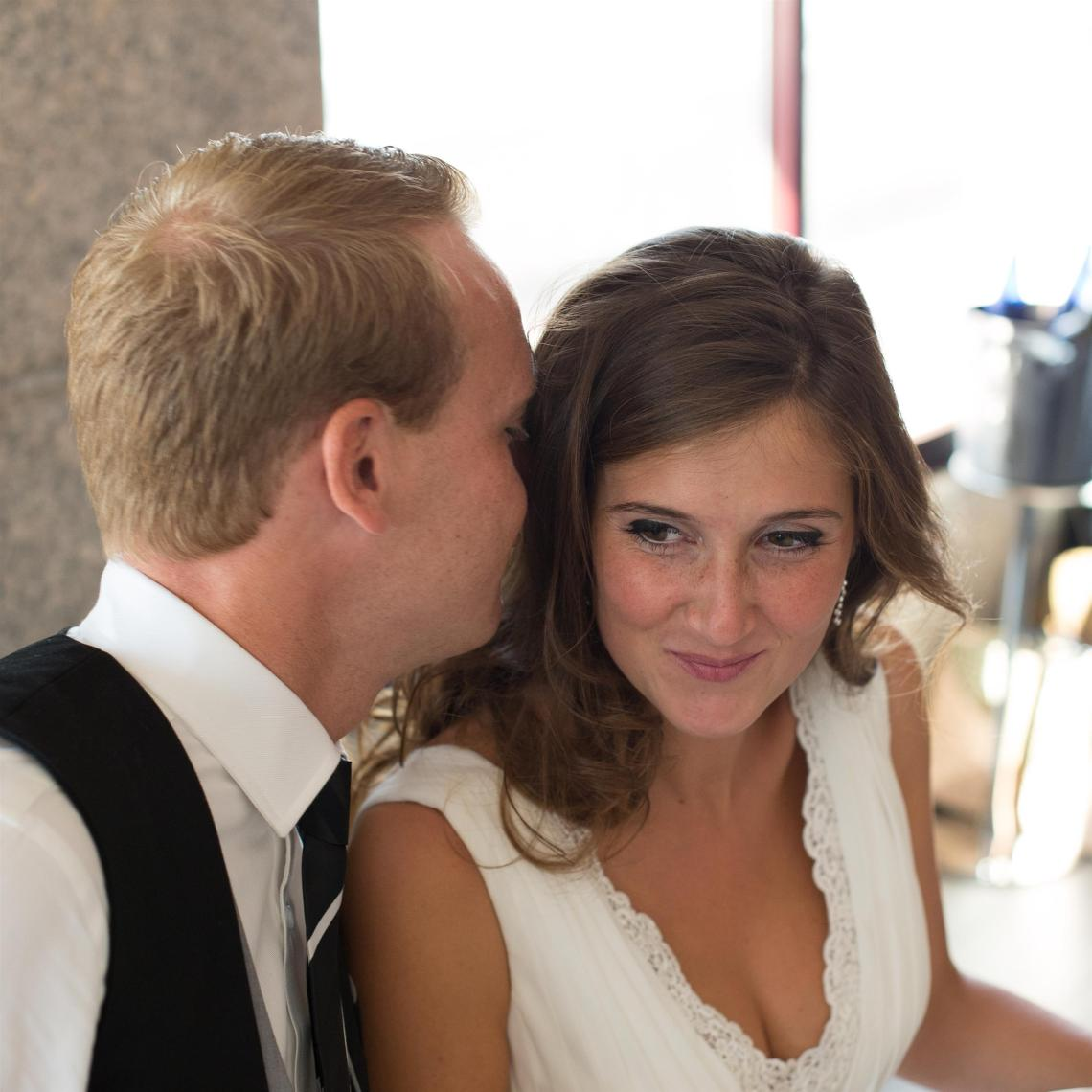 boda-espanola-sueca-ella-se-viste-de-blanco (26)