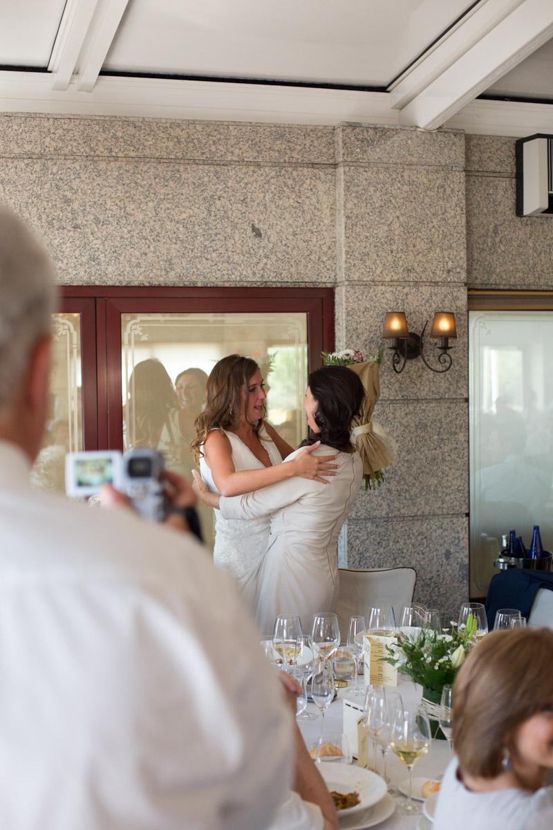 boda-espanola-sueca-ella-se-viste-de-blanco(29a)